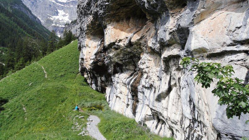 Gimmelwald crag