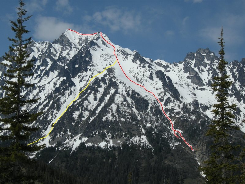 Rock Climbing Photo: The yellow line is the Cascadian Couloir