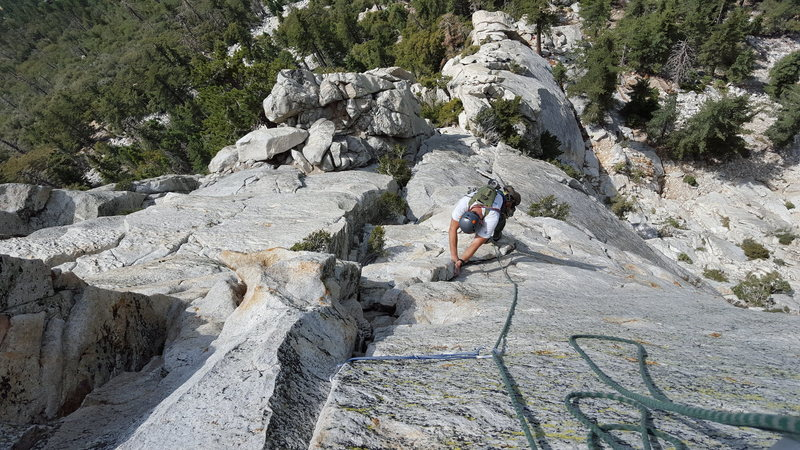 Rock Climbing Photo: You can stretch a rope from the P1 Belay to the le...