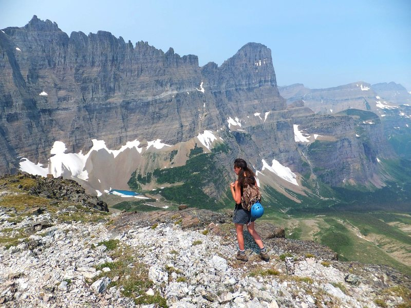 Rock Climbing Photo: Leaving the summit of Cataract Mtn and heading tow...