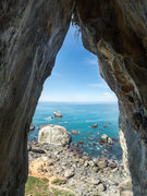 Rock Climbing Photo: Looking out from the middle of the offwidth overha...