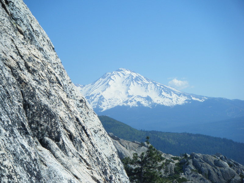 Rock Climbing Photo: Mt. Shasta view from 3rd pitch on the Ogre Mt. Hub...