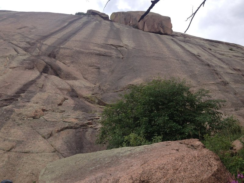 Rock Climbing Photo: A close up view of part of the rock showing how sl...