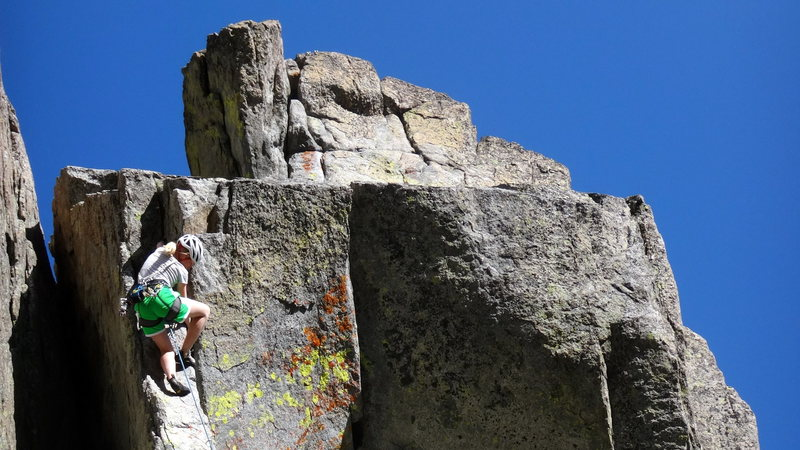 Rock Climbing Photo: Elizabeth Scott pulling the crux