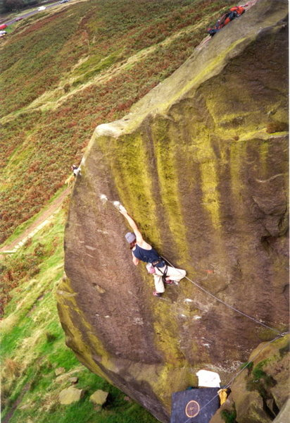 Dave MCloud onsighting E7 at Ilkely. (Scottish E5 was the verdict!)