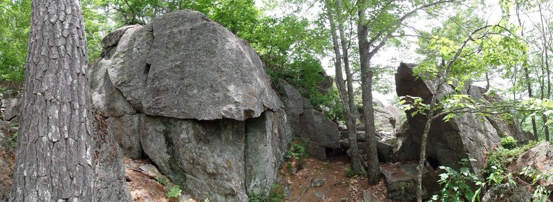 Another cluster. The Crackhouse boulder on left, Pompadour boulder on right.