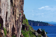 Rock Climbing Photo: Ellen and Nate on the first pitch of Feathery Tong...