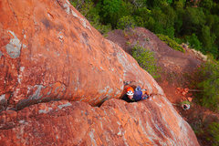 Rock Climbing Photo: Body slot rest on P3 of Sinological. The crux of t...