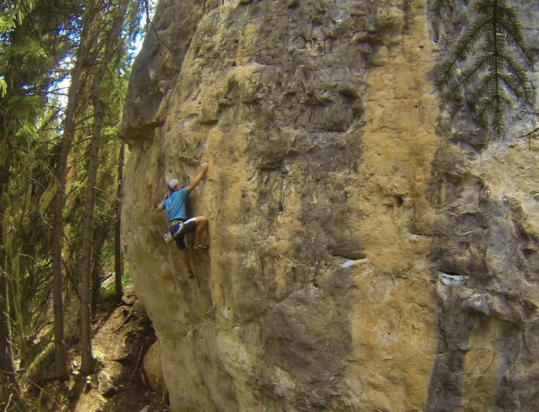 Booze Cruize, 5.11d<br> <br> The absolute best power endurance route in Spearfish Canyon.