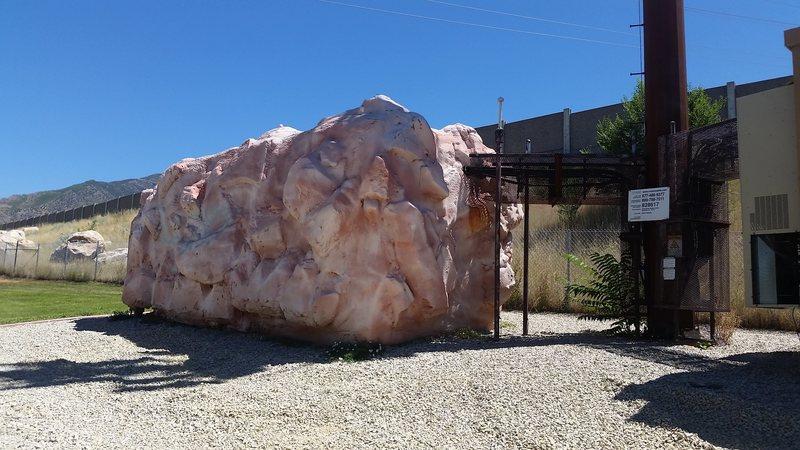 Stratton boulder<br>