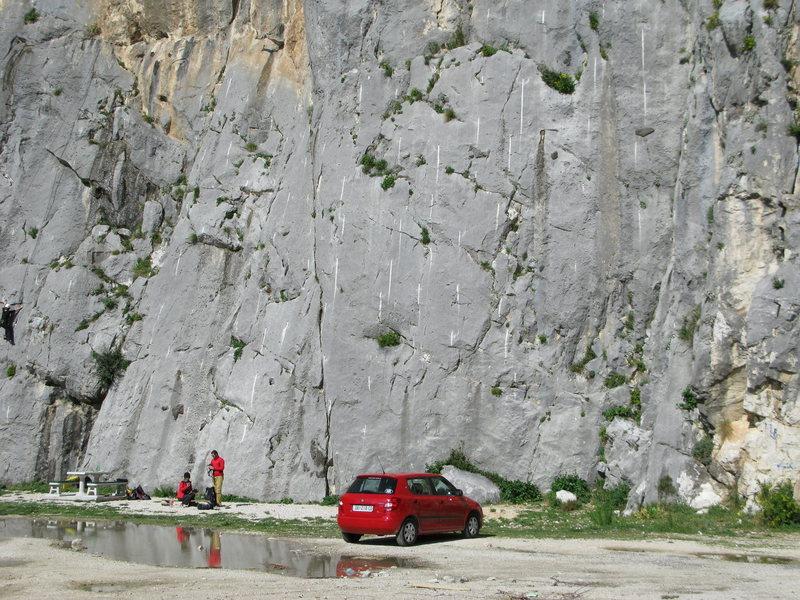Rock Climbing Photo: Omis
