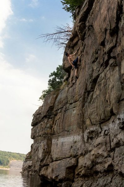 Deep water free soloing at the Francis E. Walter Dam. White Haven, PA