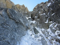 Rock Climbing Photo: crux pitch, the chimney squeeze can be bypassed on...