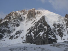 Rock Climbing Photo: view of the route as you approach from the Grands ...