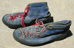 Rock Climbing Photo: #1 Robbins boots, the red laces are original. circ...