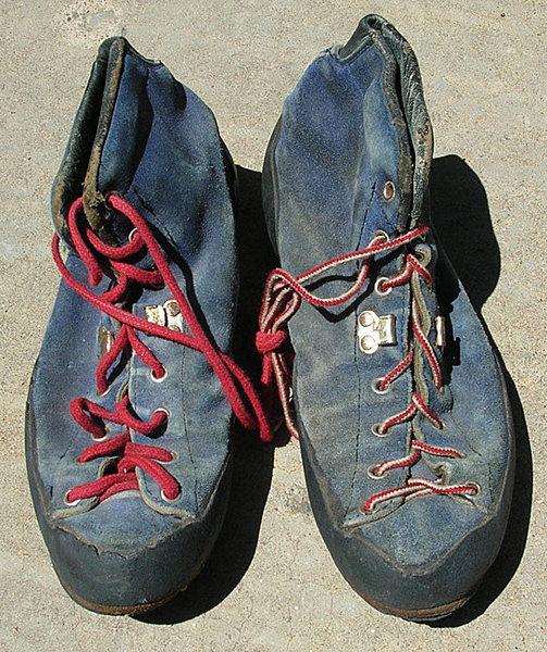 #2 Robbins boots.