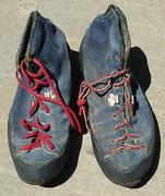 Rock Climbing Photo: #2 Robbins boots.