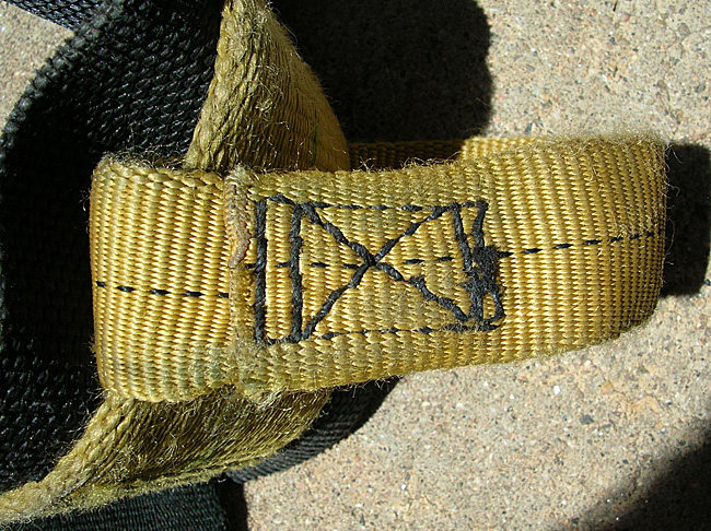 #10 Clan Robertson harness. Free hand machine stitching on the haul loop.