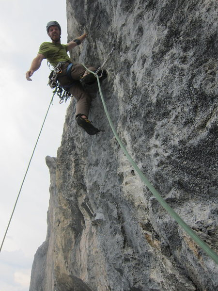 Starting up the steep 7b crux of Süpervitamin.
