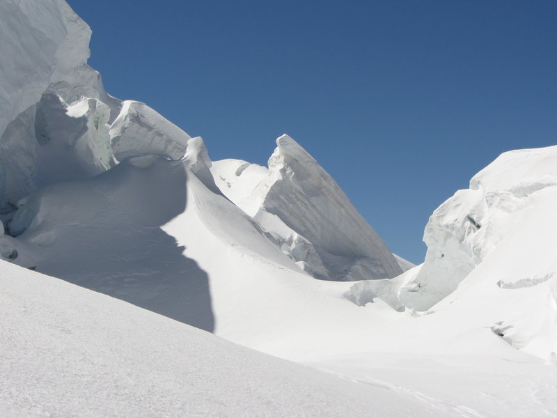 seracs and crevasses before the plateau