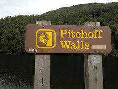 Rock Climbing Photo: This sign marks the parking lot across the road fr...