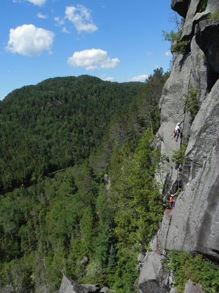 Rock Climbing Photo: Classique cache Credit: Remi Maupetit CC by SA