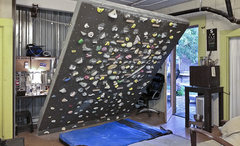 Rock Climbing Photo: Still room for many more grips.