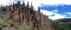 Rock Climbing Photo: Overview of the North Shore area. All routes in th...