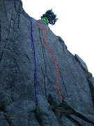 Rock Climbing Photo: Beta photo for Eat Left (Blue) and Eat Right (Red)...