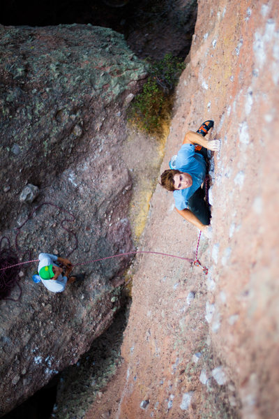 Rock Climbing Photo: Nathaniel Potter warming up on POD.  Photo - Kyle ...