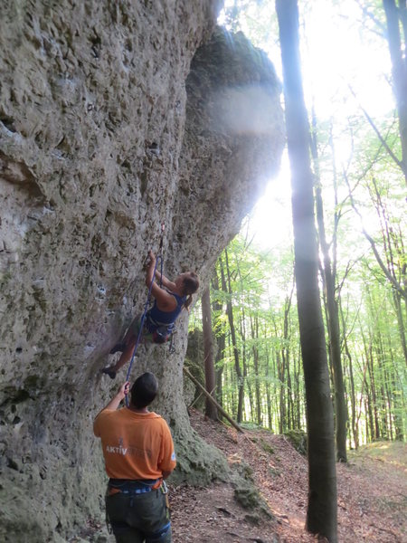 Rock Climbing Photo: Fanny climbing the overhanging 7-.