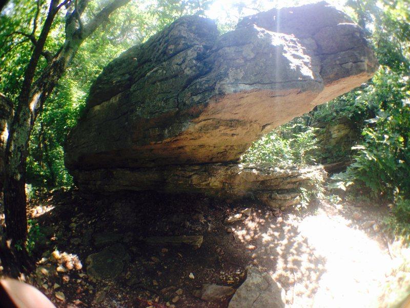Rock Climbing Photo: A Shot of the Prow boulder.