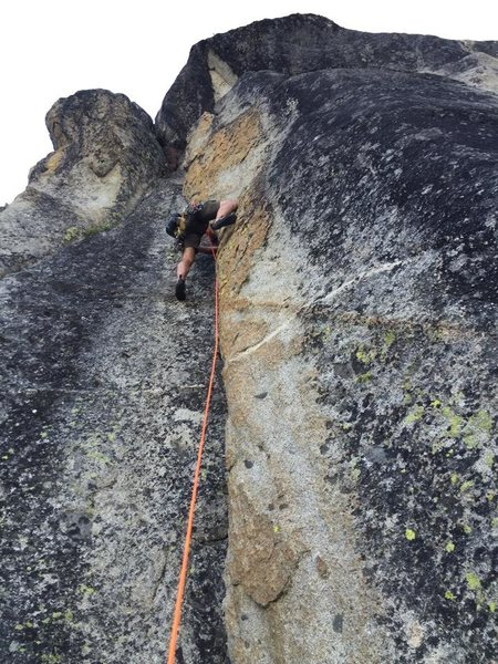 Rock Climbing Photo: Roy leading Yellow Zonkers (5.8+).