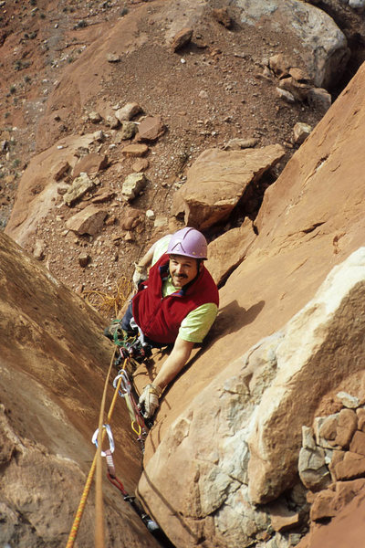 Stu Ritchie on the final pitch, fun fingers and layback with exceptional rock by Valley of Gods standards, 5.8/9. This is 2004.