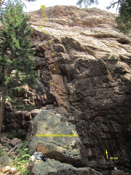 Black & Tan starts behind the boulder.
