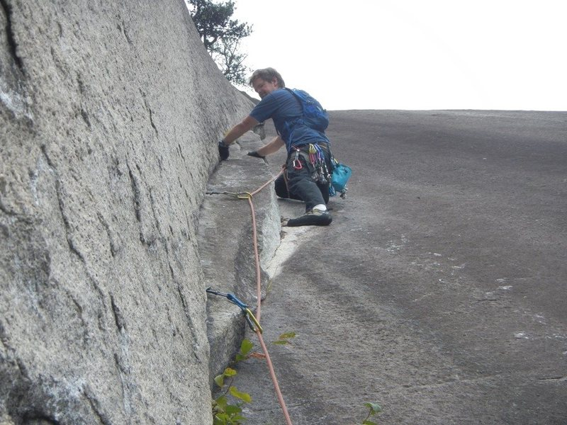 Rock Climbing Photo: Good holds and good pro, no need for a flake.