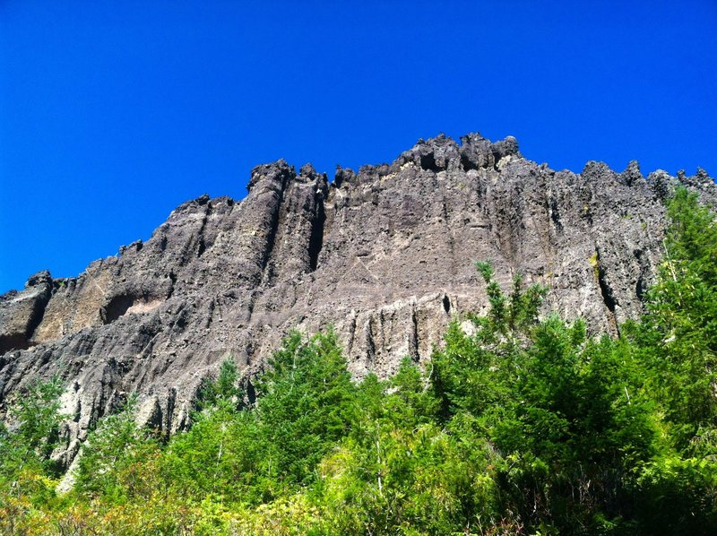 The West face of Pinto Rock