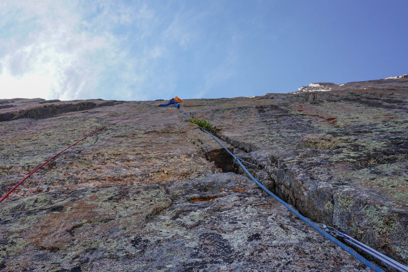 Rock Climbing Photo: Fred walking the crux and linking 3 difficult 5.11...