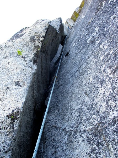 Rock Climbing Photo: Chimney of Pitch 1.