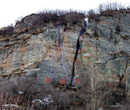 Rock Climbing Photo: A. New Era B. Shoop Dog C. Fudgecicle Chimney