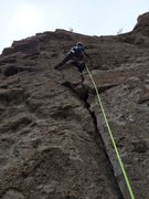 Rock Climbing Photo: Leading on the crack. What a fun route it is!