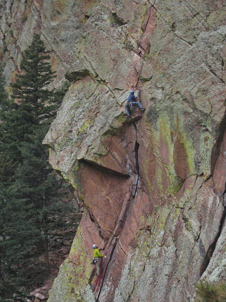 Rock Climbing Photo: Unknown climbers on Grandmother's Challenge.  Phot...