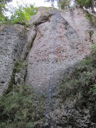 Rock Climbing Photo: The rope hanging straight down from Rote Laterne.