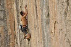 Rock Climbing Photo: Juan Esteban Usubillaga on Effigy.