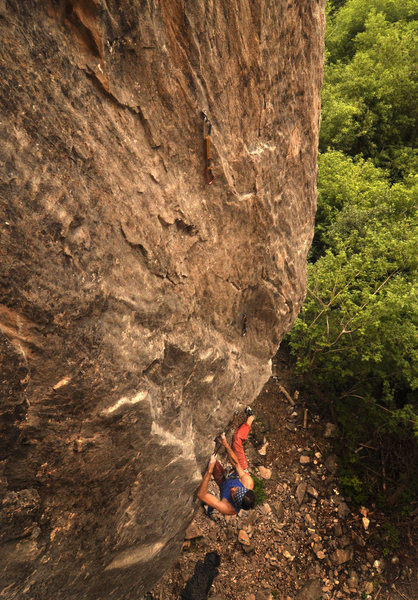 Darek Krol on the first ascent of Rigor Mortis.