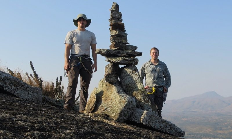 In honor of Rui's efforts establishing this route, Dan and I decided to build a mega cairn that is visible from the road and from fazenda rio iris. But just barely... It's a massive rock.