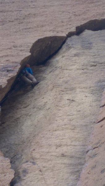 Rock Climbing Photo: Working up the chimney of Peapod Cave.