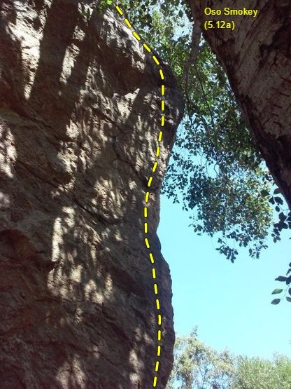The upper portion of Oso Smokey (5.12a), Thurman Flat