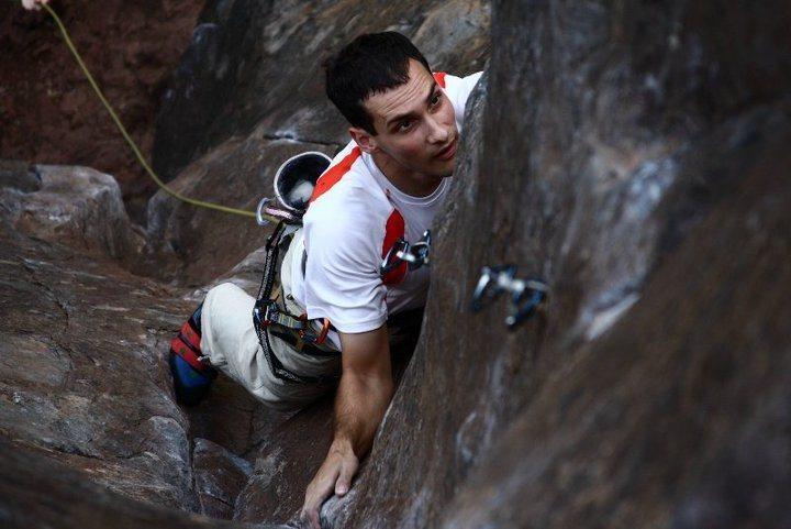 Rock Climbing Photo: Torpedoed Youth, 5.11d