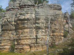 Rock Climbing Photo: From the route description, climb an area between ...